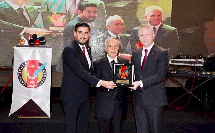 Gaziantep'te basın ödülleri sahiplerini buldu