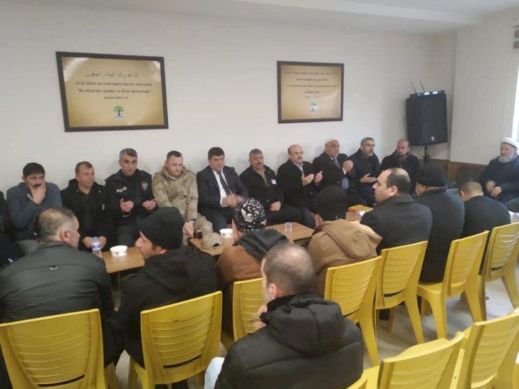 Kaymakam Şahin, Belediye Başkanı Sarı, Şehit ailesine taziye ziyaretinde bulundu
