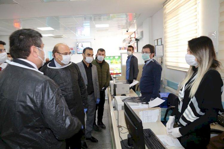 Kaymakam ve Belediye Başkanı'ndan hastane ziyareti