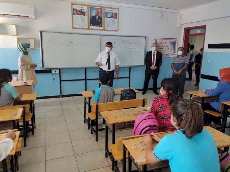 Kaymakam Şahin'den Okul Ziyaretler
