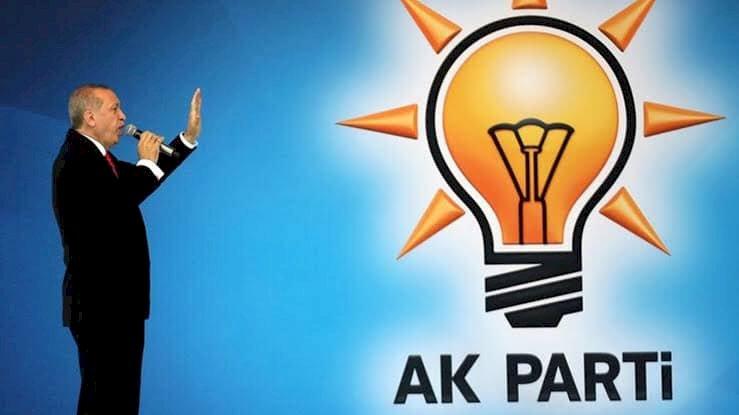 AK Parti'de Kongreler Yine Ertelendi