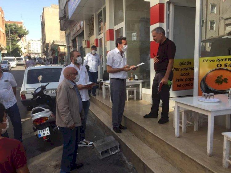 CHP Nizip İlçe Başkanlığı esnafa broşür dağıttı