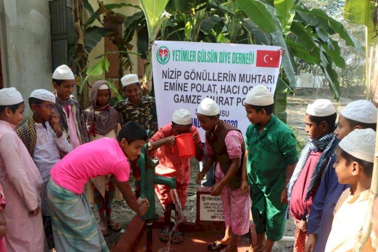 Gönüllerin Muhtarı Bangladeş'de Yine Gönülleri Fethetmeyi Başardı