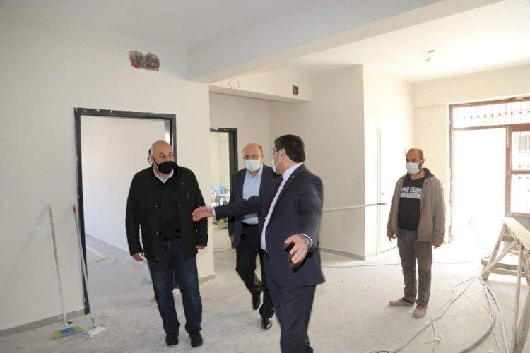 Kaymakam ve Belediye Başkanı okul inşaatını inceledi