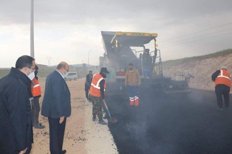 Yeşil Nizip Mezarlığı'nda asfalt çalışması