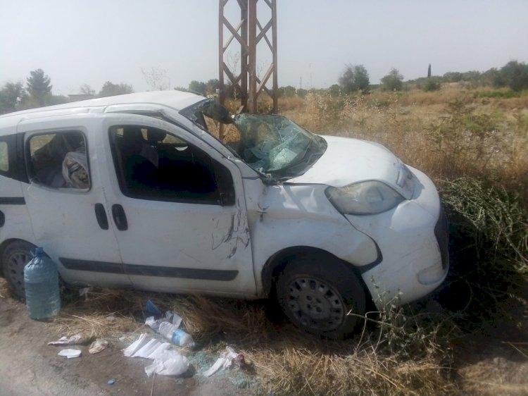 Nizip - Birecik Baraj Yolunda Kaza ; 2 Yaralı
