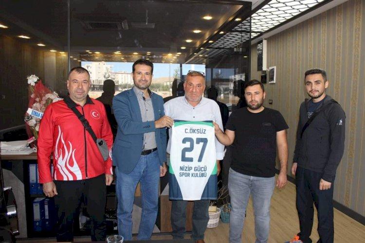 Ahmet Öksüz İnşaata Sporculardan Ziyaret